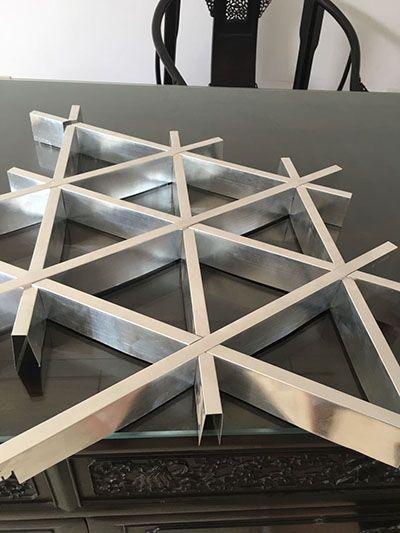 集成吊顶三角格栅